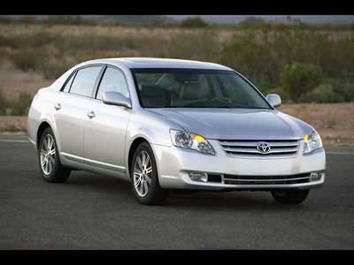 2005 Toyota Avalon Road Test