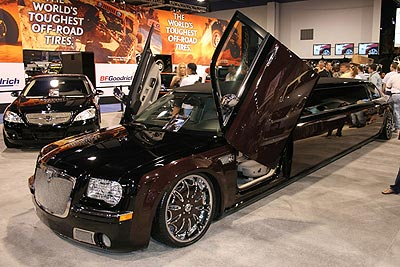 Asanti Chrysler 300 Limo