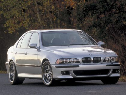 KBB.com 2003 BMW M5 Overview
