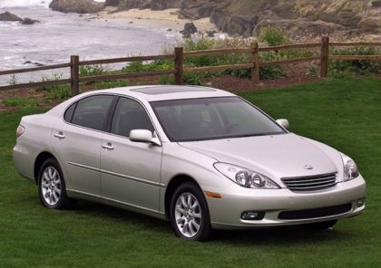 Kelley Blue Book ® - 2003 Lexus ES 300 Overview