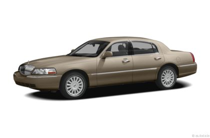 Edmunds.com 2009 Lincoln Town Car Overview