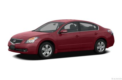 Edmunds.com 2009 Nissan Altima Overview