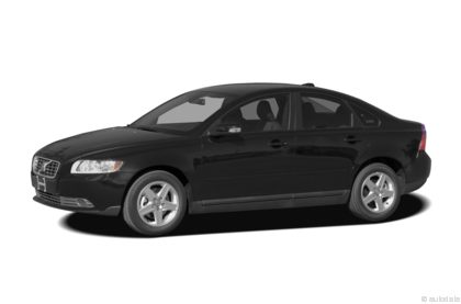 Edmunds.com 2009 Volvo S40 Overview