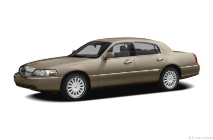 Edmunds.com 2010 Lincoln Town Car Overview