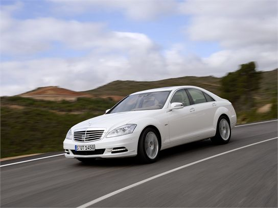 10 Things You Should Know About the 2010 Mercedes-Benz S400 Hybrid
