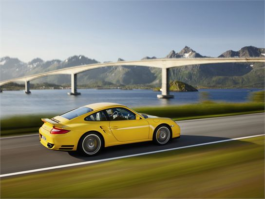 10 Things You Should Know About the 2010 Porsche 911 Turbo