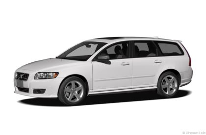 Edmunds.com 2010 Volvo V50 Overview